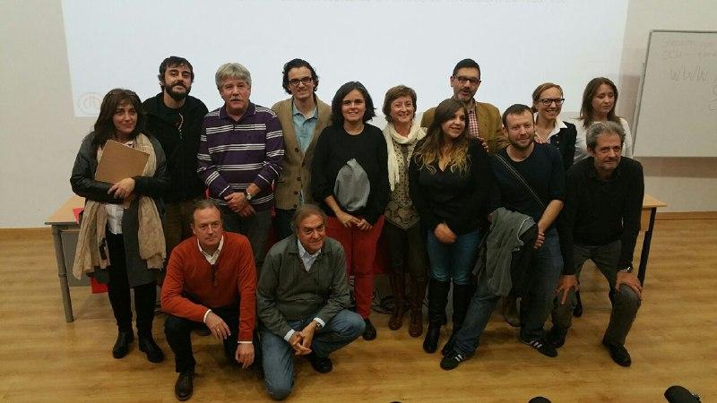 Ponentes y algunas de las concejalas y concejales que participaron en la Jornada
